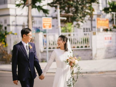 A wedding story made by local Hoi An Photographer